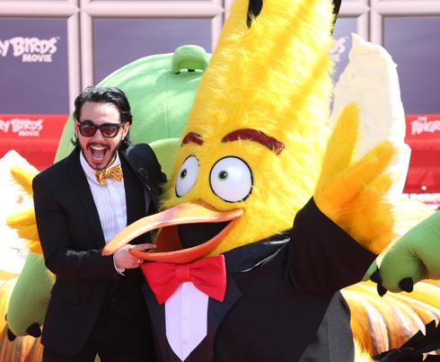 Тимур Родригез принял участие в фотоколле мультфильма «Angry Birds в кино»