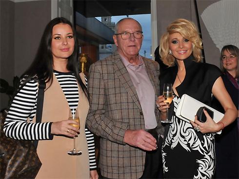 Анжелика Агурбаш с Оксаной Федоровой и Эммануилом Виторганом