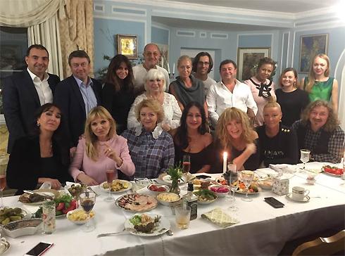 Алла Пугачева иМаксим Галкин надне рождения приятельницы