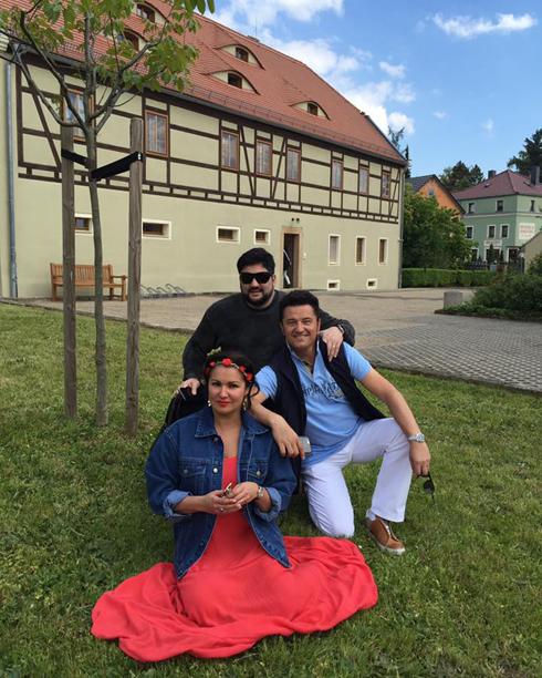 Анна Нетребко и Юсиф Эйвазов с друзьями отдохнули в Швейцарии