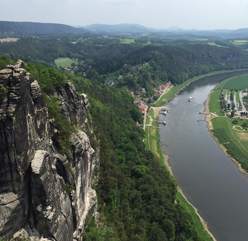 Артистка поехала в Национальный парк в Германии