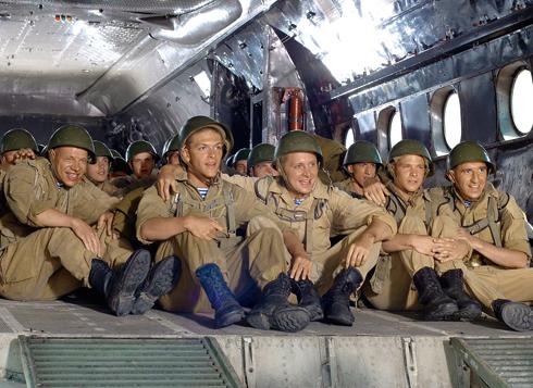 «9 рота» – одна из первых больших ролей нашего героя в кино. Его работу высоко оценил и отец, Никита Михалков