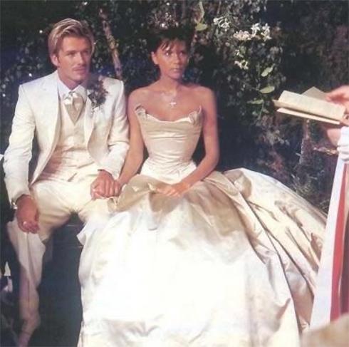 Дэвид Бекхэм признался жене в любви в 17-летие со дня свадьбы