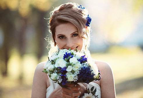 Традиция кидать букет невесты - одна из самых старинных