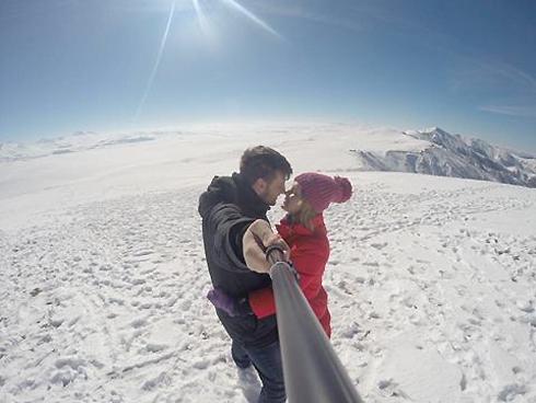 Анастасия Денисова получила предложение руки и сердца от своего возлюбленного в горах Грузии