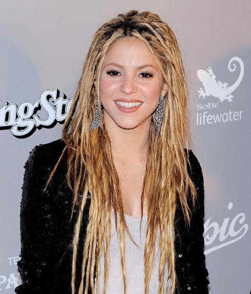 Шакира сделала дреды в 2009 году