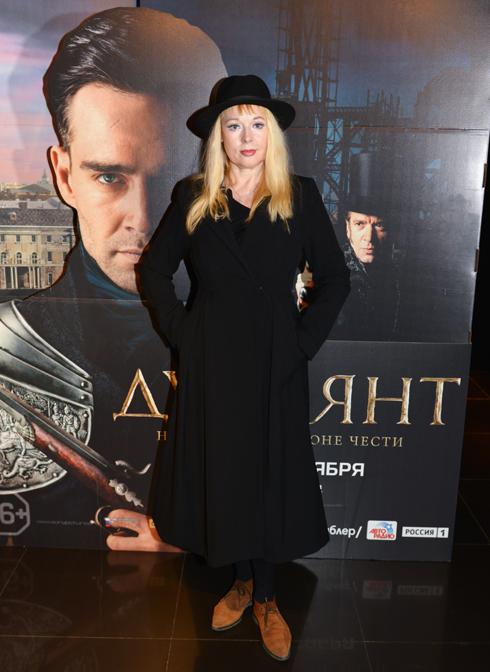58-летняя актриса Елена Кондулайнен невероятно помолодела