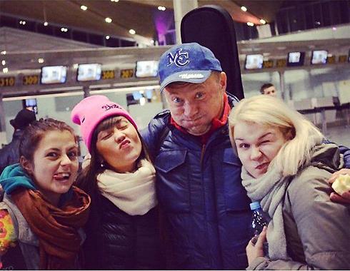 Юрий Гальцев со своими ученицами (Мария - вторая слева)