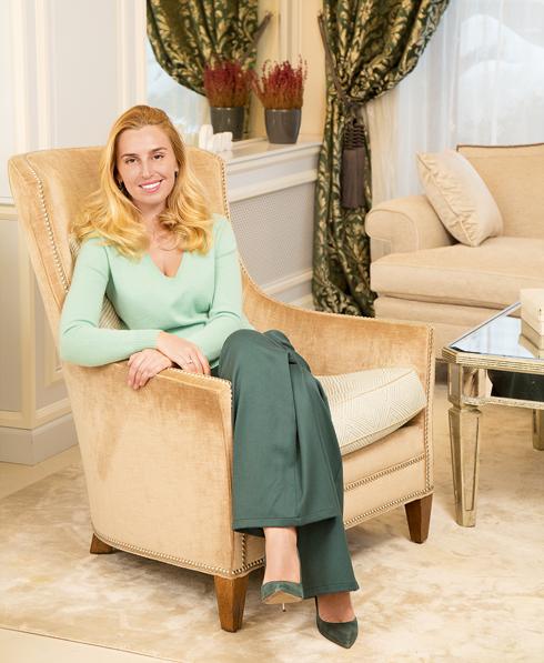 Грандиозные перемены в интерь-ерах начались с покупки нового дивана и кресел