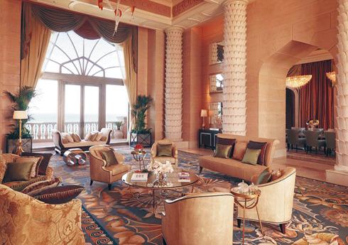 Номер «Королевский мост» на 22-м этаже отеля Atlantis the Palm в Дубае