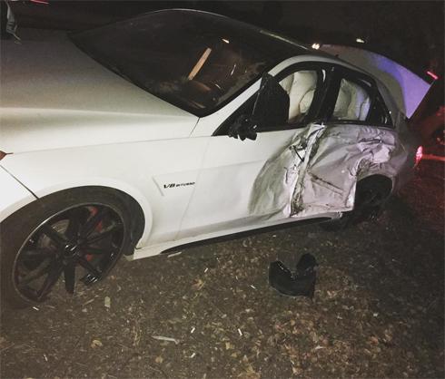 Каспер Смарт разбил свою машину, врезавшись в дерево