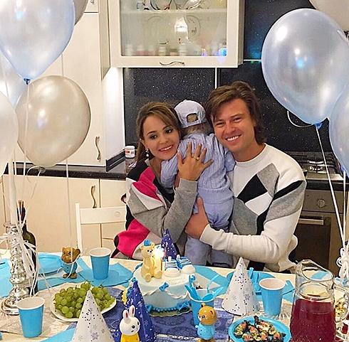 Фотография с дня рождения Даниила вызвала умиление у поклонников пары