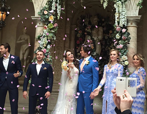 Анна Калашникова и Прохор Шаляпин выложили снимки с репетиции свадьбы