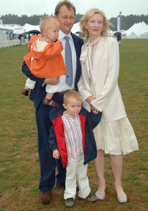 Кейт Бланшетт с семьей