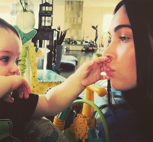 Меган Фокс с сыном
