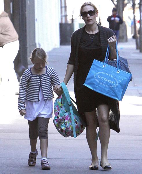Кейт Уинслет с дочерью