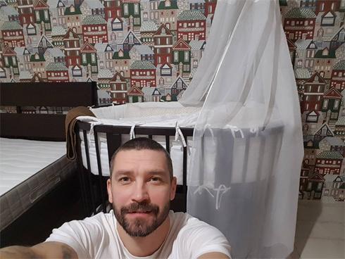 Владимир Кристовский сам сообщил о рождении сына