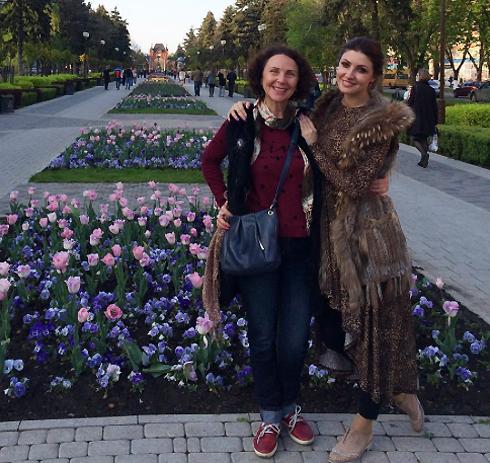 Анастасия Макеева со своей мамой
