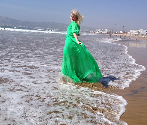 Помочить ноги в океане можно в любую погоду