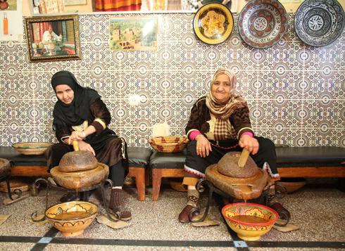 Аргановое масло в Марокко делают по-старинке