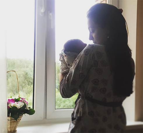 Анастасия Меськова родила сына