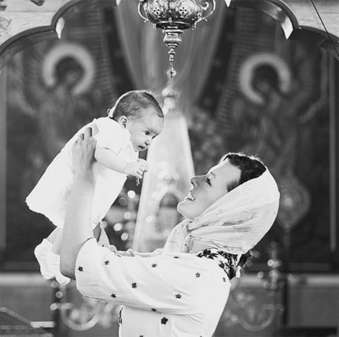 Милла Йовович называет свою младшую дочь Дашей