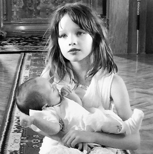 Малышку крестили в православном храме