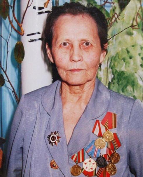 Бабушка Ирины Шейк