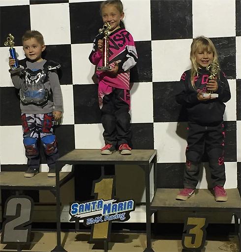 Дочка Пинк заняла третье место в велогонках