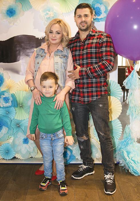 Четырехлетний Артем попросил у родителей брата. И Дарья с Сергеем эту просьбу выполнили