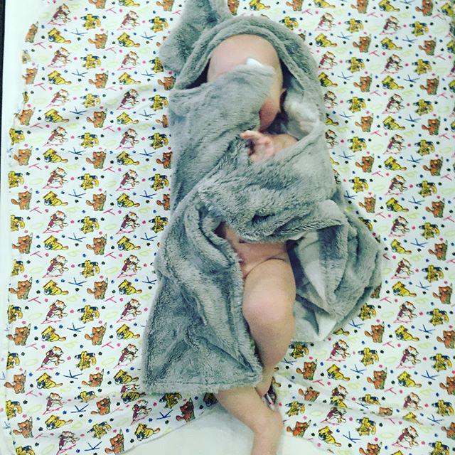 Наталья Подольская научила ребенка правильно спать