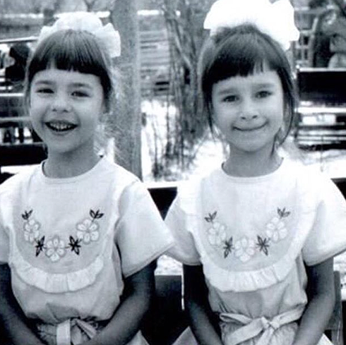 Наталья и Юлиана сегодня отмечают 34 день рождения