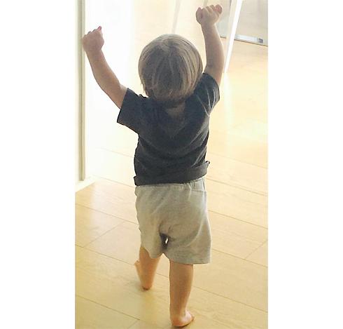 Сын Шакиры и Жерара Пике Саша радуется голу отца
