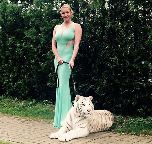 Волочкова не побоялась тигра