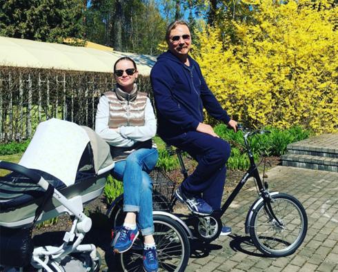 Николаев и Проскурякова крестили дочь