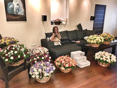 Ольга Бузова показала свою съемную квартиру