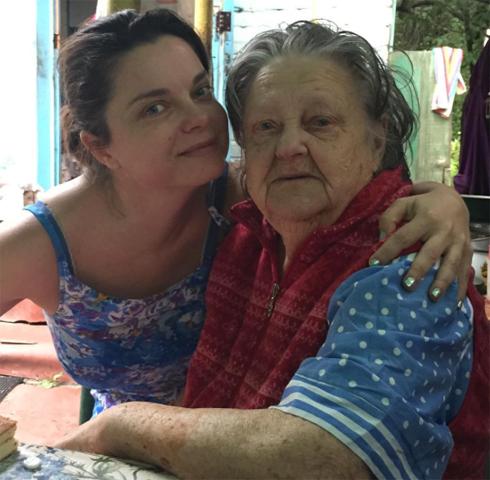 Наташа и ее любимая бабушка