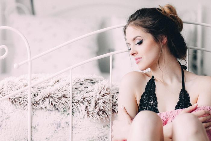 Страшно красивая: почему привлекательные девушки часто остаются в одиночестве