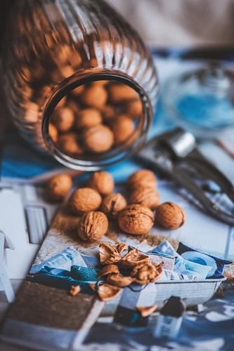 Аденома простаты, цистит, миома - орехами лечат болезни половой системы