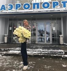 Пьяную Волочкову засняли в аэропорту Череповца