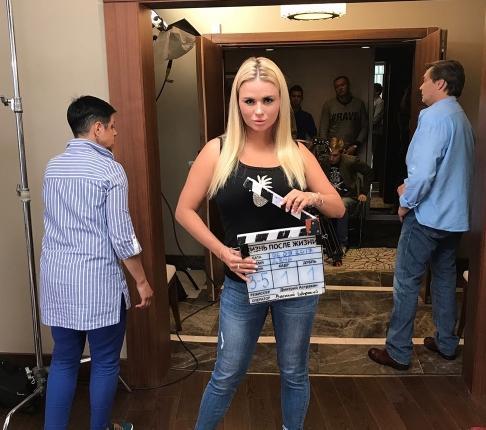 Смотреть очень откровенные клипы и сцены российских звезд
