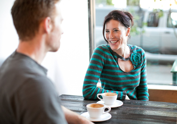 5 основных моментов, раздражающих мужчин в женщинах при знакомстве — Психология