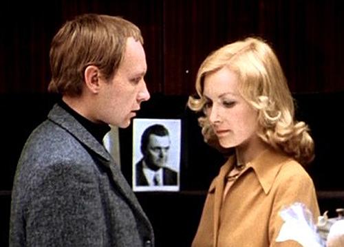 Две судьбы, одна «ирония»: история легендарного фильма и его продолжения