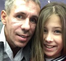 Дочь Панина не отстает от отца