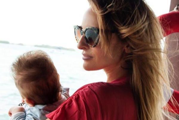 Софья с малышом