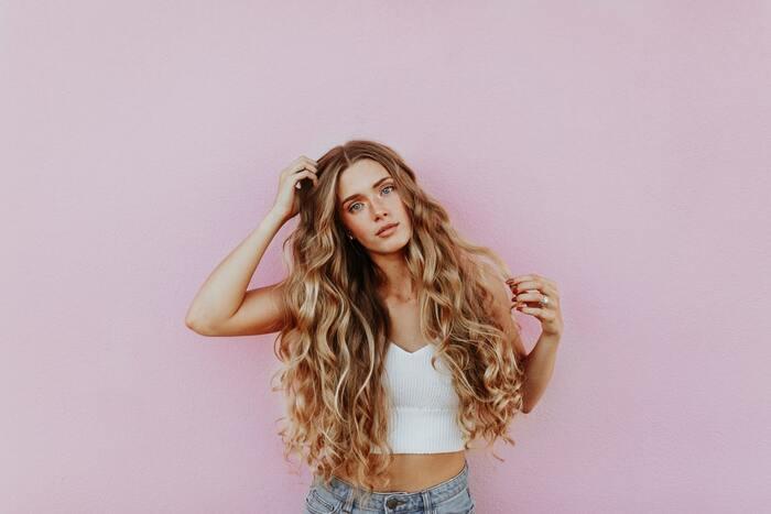 Укрощение строптивых: как справиться с жирностью волос