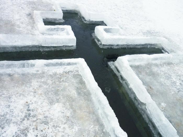 Крещенские ныряния: как не заболеть
