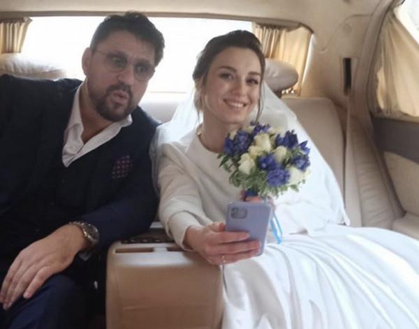 Звезда «Счастливы вместе» женился вчетвёртый раз