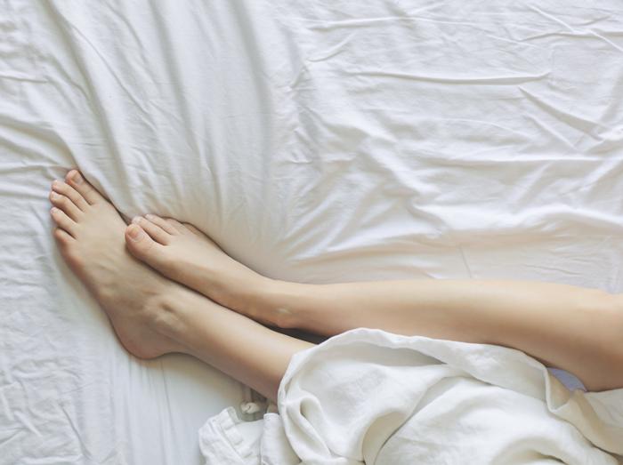 Поставить на ноги: лучшие средства для ваших стоп и пяток