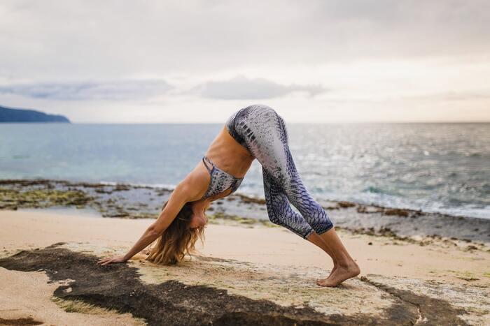 Осознанное похудение: изучаем самые эффективные асаны в йоге
